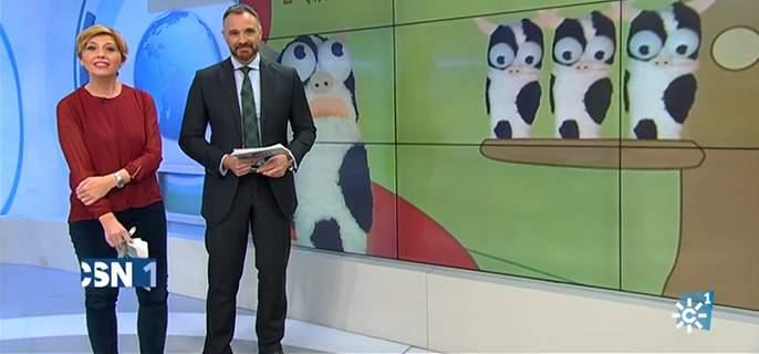 Babelo Filmoj en pantalla tras los presentadores de Canal Sur